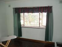 Bed Room 2 - 13 square meters of property in Mobeni Heights