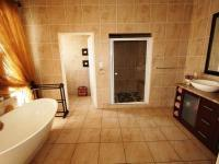 Main Bathroom of property in Kungwini