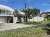 5 Bedroom 3 Bathroom in Stanger