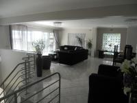 Lounges - 56 square meters of property in Stanger
