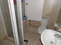 Bathroom 1 - 3 square meters of property in Wellington