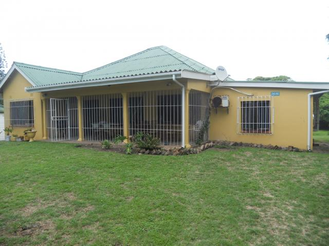4 Bedroom House for Sale For Sale in Port Shepstone - Home Sell - MR105396