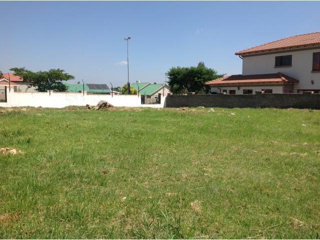 Land For Sale in Greenstone Hill - Home Sell - MR105416