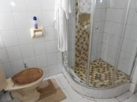 Main Bathroom - 10 square meters of property in Mayfair West