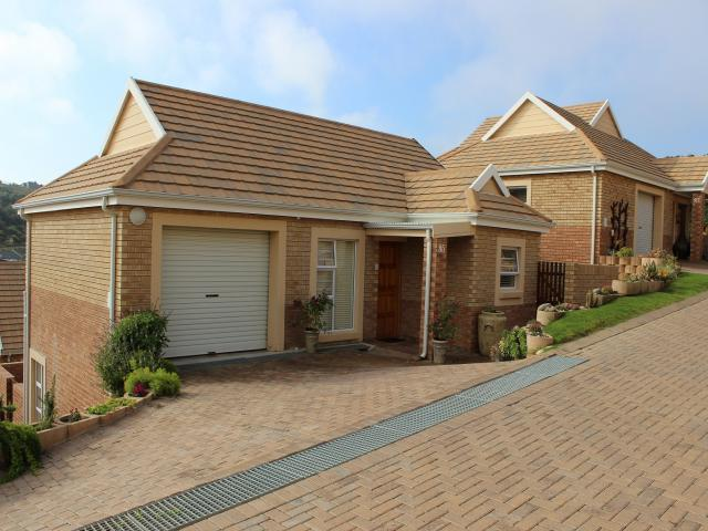 3 Bedroom Cluster for Sale For Sale in Groot Brakrivier - Private Sale - MR105442