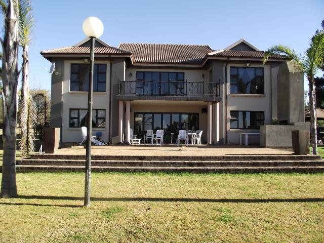Smallholding for sale for sale in bredell ah private Www beautiful houses pictures