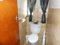 Bathroom 1 - 5 square meters of property in Modimolle (Nylstroom)