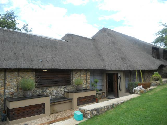 4 Bedroom House For Sale in Vaal Oewer - Private Sale - MR105531
