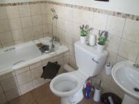 Main Bathroom - 5 square meters of property in Erand