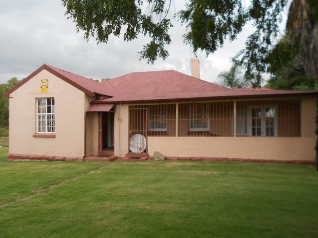 4 Bedroom House for Sale For Sale in Brakpan - Home Sell - MR105596