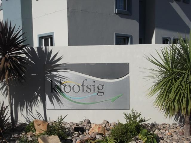 1 Bedroom Apartment for Sale For Sale in Mossel Bay - Home Sell - MR105597