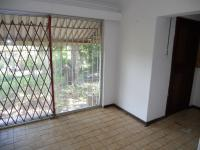 Spaces - 18 square meters of property in Port Shepstone