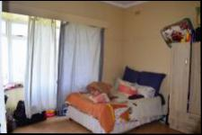 Bed Room 1 - 21 square meters of property in Port Shepstone