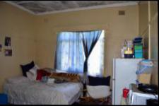 Bed Room 2 - 17 square meters of property in Port Shepstone
