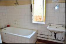 Main Bathroom - 11 square meters of property in Port Shepstone
