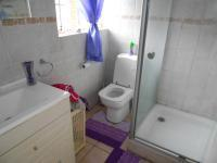 Bathroom 1 - 3 square meters of property in Boksburg
