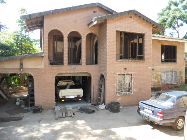9 Bedroom House for Sale For Sale in Isipingo Beach - Private Sale - MR105733