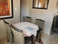 Dining Room - 7 square meters of property in Akasia