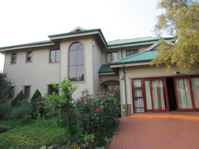 4 Bedroom House For Sale in Kosmos - Private Sale - MR105774