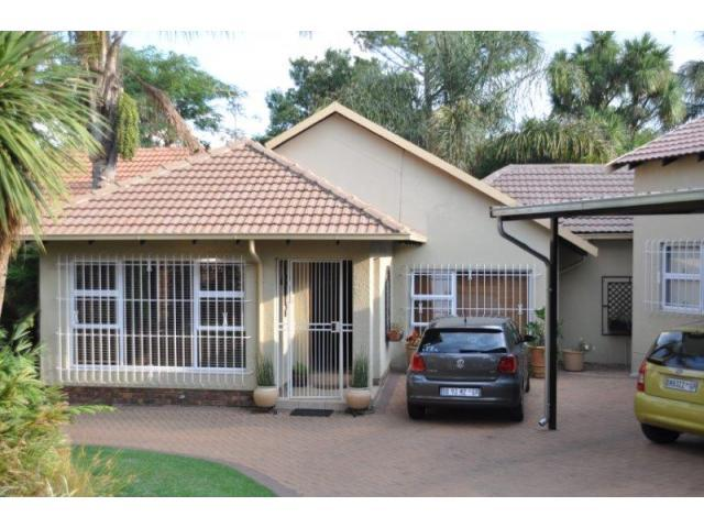 3 Bedroom House for Sale For Sale in Van Riebeeckpark - Home Sell - MR105786