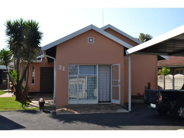 4 Bedroom House For Sale in Kempton Park - Home Sell - MR105795