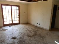 Lounges - 15 square meters of property in Riversdale