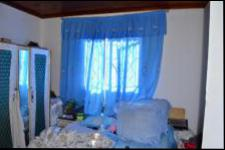 Bed Room 1 - 10 square meters of property in Umkomaas
