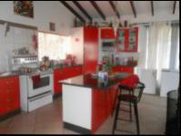 Kitchen - 44 square meters of property in Floracliffe