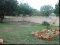 Backyard of property in Floracliffe