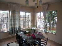 Dining Room - 13 square meters of property in Lenasia South
