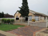 3 Bedroom 2 Bathroom in Lenasia South