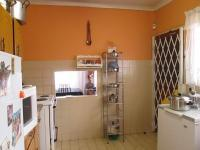 Kitchen - 10 square meters of property in Lenasia South