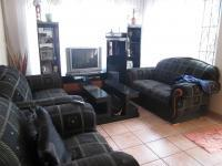 Lounges - 16 square meters of property in Lenasia South