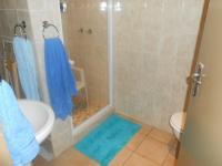Main Bathroom - 11 square meters of property in Silverton