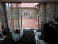 Study - 14 square meters of property in Bosmont
