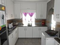 Kitchen - 20 square meters of property in Bosmont