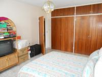 Main Bedroom - 23 square meters of property in Pretoria West