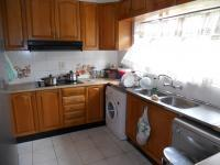Kitchen - 12 square meters of property in Kharwastan