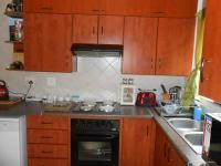 Kitchen - 14 square meters of property in Bronberrik