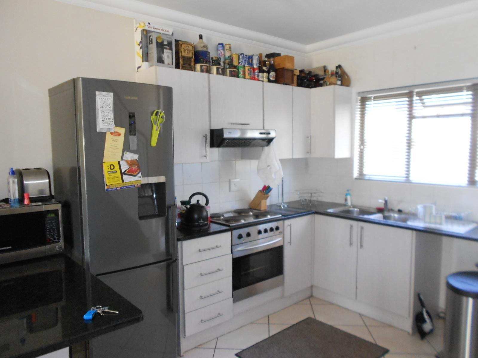 2 bedroom apartment for sale for sale in boksburg for Kitchen designs boksburg