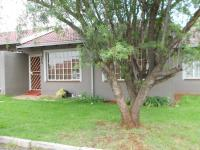 2 Bedroom 1 Bathroom Simplex for Sale for sale in Roodepoort
