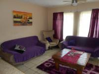 Lounges - 17 square meters of property in Rietfontein