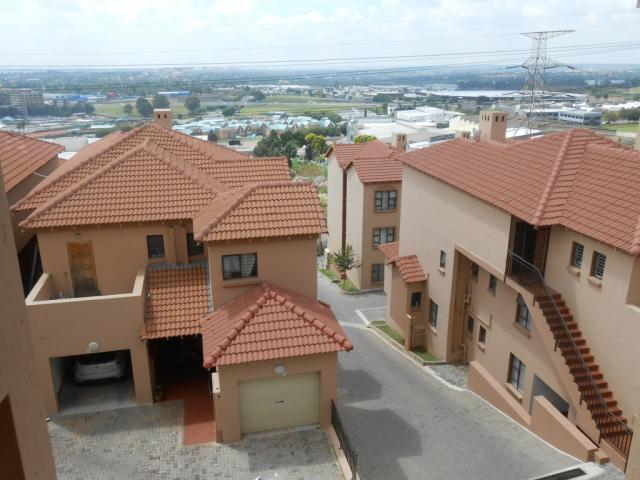 Apartment for Sale For Sale in Sunnyrock - Private Sale - MR106054
