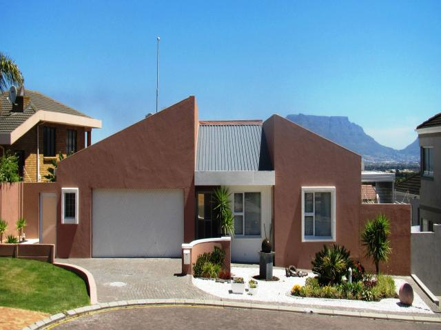 3 Bedroom House for Sale For Sale in Plattekloof - Home Sell - MR106065