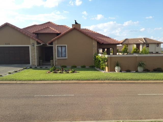 3 Bedroom House For Sale in Silver Lakes Golf Estate - Home Sell - MR106079