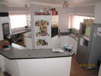 Kitchen - 17 square meters of property in Erasmuskloof