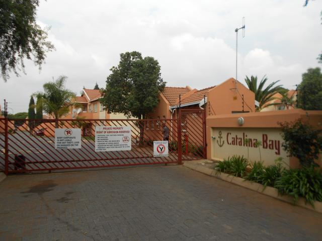 2 Bedroom Cluster For Sale in Germiston - Home Sell - MR106088