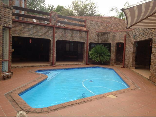 4 Bedroom House for Sale For Sale in Tzaneen - Home Sell - MR106125