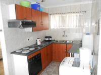 Kitchen - 11 square meters of property in Randfontein