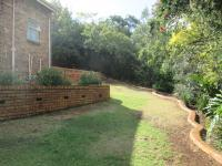 Garden of property in Glenvista